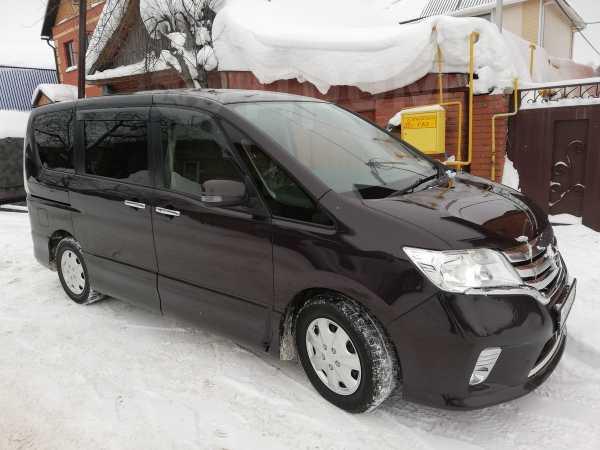 Nissan Serena, 2012 год, 830 000 руб.