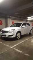 Opel Astra Family, 2012 год, 435 000 руб.