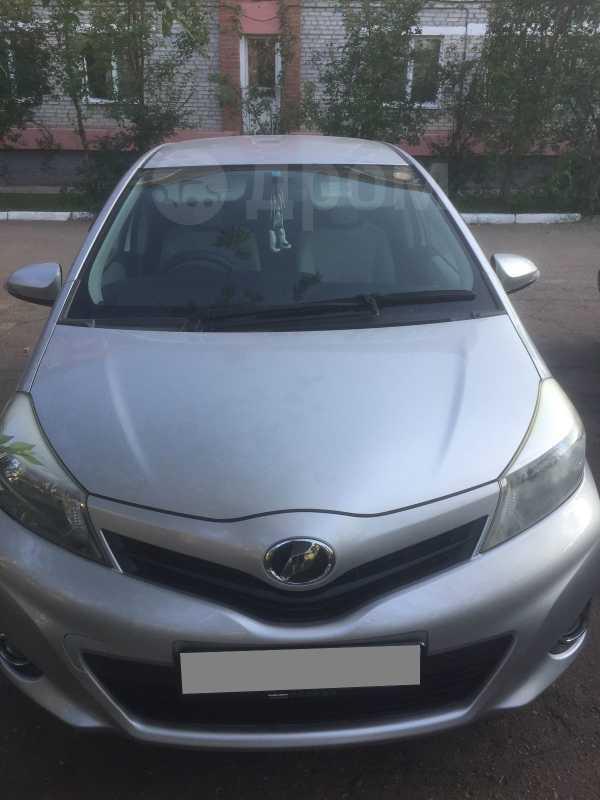 Toyota Vitz, 2011 год, 420 000 руб.