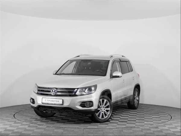 Volkswagen Tiguan, 2012 год, 869 000 руб.