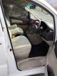 Toyota Alphard, 2002 год, 700 000 руб.