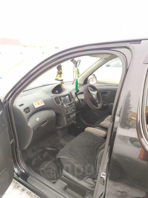 Toyota Funcargo, 2004 год, 310 000 руб.