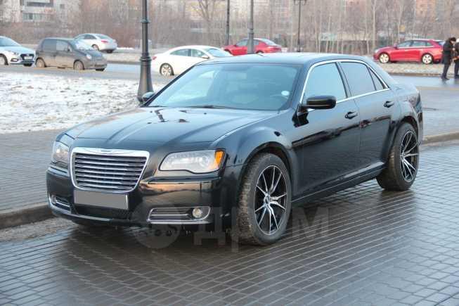 Chrysler 300C, 2012 год, 1 050 000 руб.