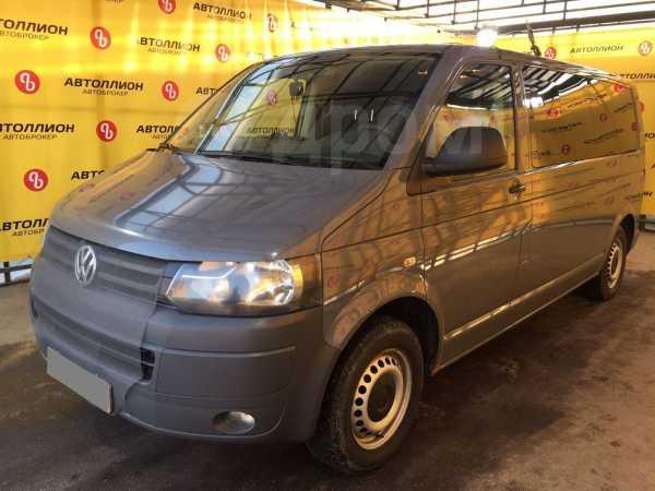 Volkswagen Caravelle, 2013 год, 1 300 000 руб.