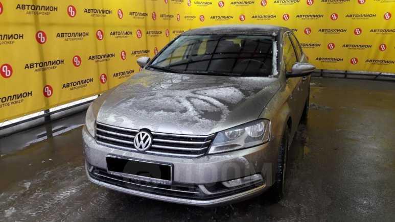 Volkswagen Passat, 2013 год, 667 000 руб.