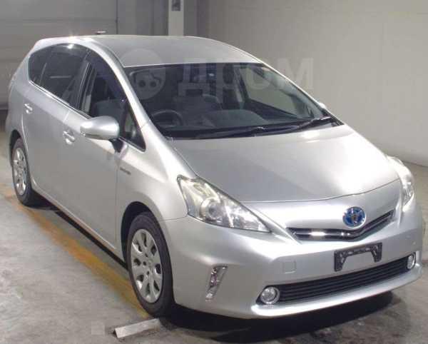 Toyota Prius a, 2011 год, 750 000 руб.