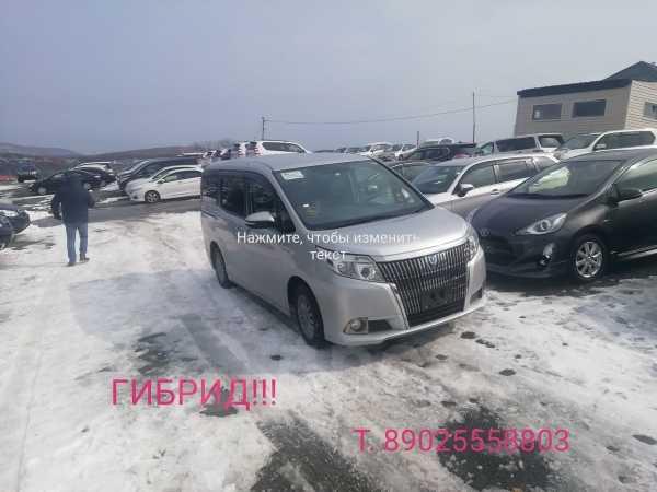 Toyota Esquire, 2014 год, 1 230 000 руб.