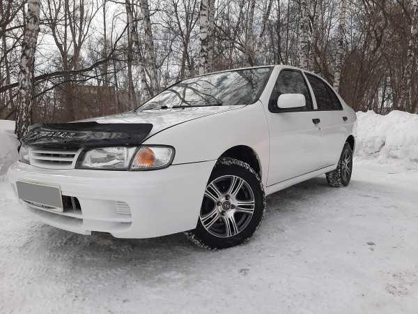 Nissan Pulsar, 2000 год, 140 000 руб.