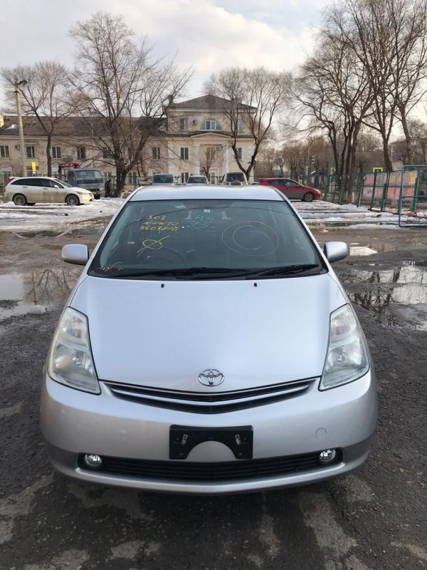 Toyota Prius, 2008 год, 525 000 руб.