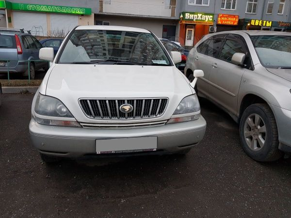 Toyota Harrier, 2001 год, 500 000 руб.