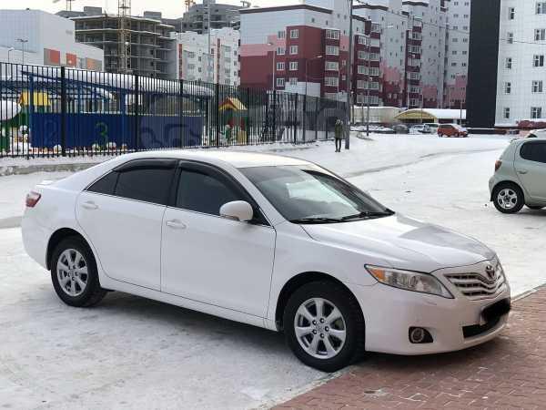 Toyota Camry, 2011 год, 749 000 руб.