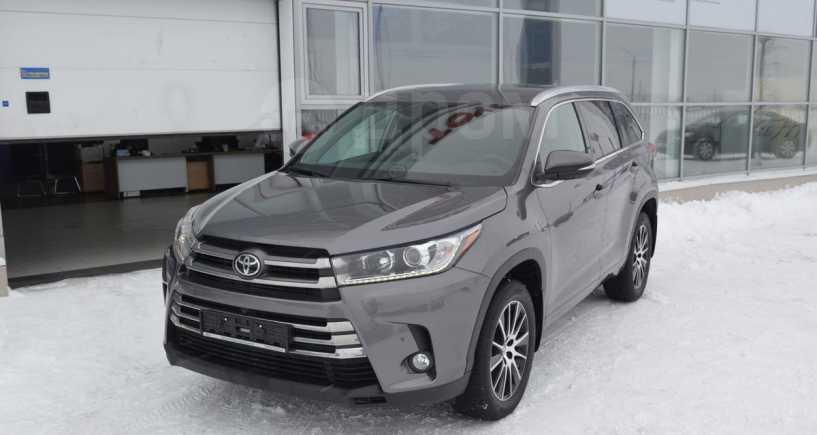 Toyota Highlander, 2019 год, 3 930 000 руб.