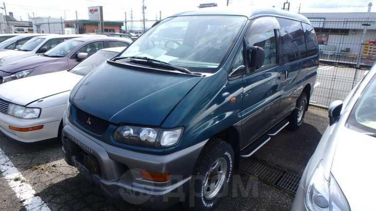 Mitsubishi Delica, 2002 год, 300 000 руб.