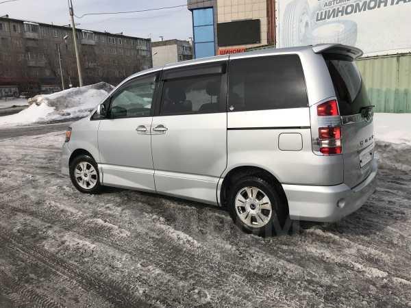 Toyota Noah, 2002 год, 480 000 руб.