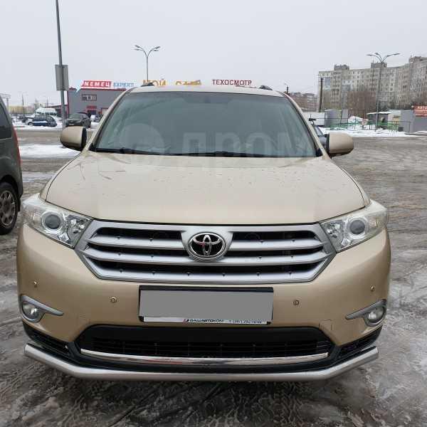 Toyota Highlander, 2011 год, 1 050 000 руб.