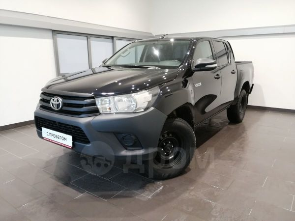 Toyota Hilux Pick Up, 2015 год, 1 370 000 руб.