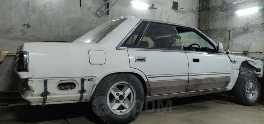 Nissan Laurel, 1984 год, 40 000 руб.