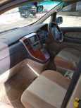 Toyota Alphard, 2004 год, 865 000 руб.