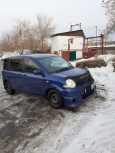 Toyota Sienta, 2004 год, 300 000 руб.
