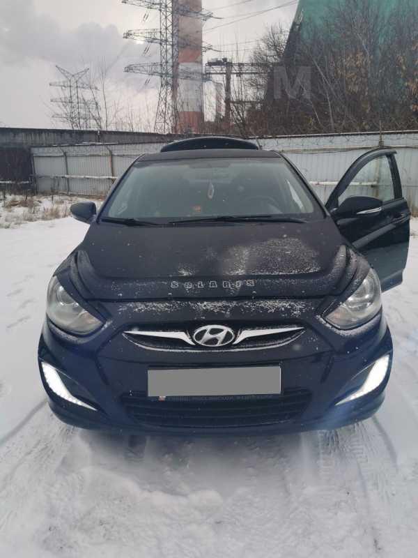 Hyundai Solaris, 2011 год, 380 000 руб.