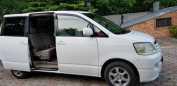 Toyota Noah, 2001 год, 480 000 руб.