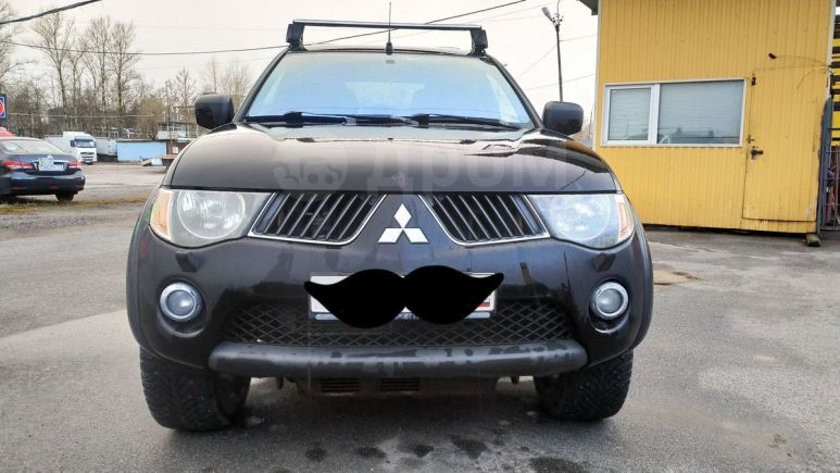 Mitsubishi L200, 2008 год, 715 000 руб.