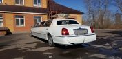 Lincoln Town Car, 2000 год, 245 000 руб.