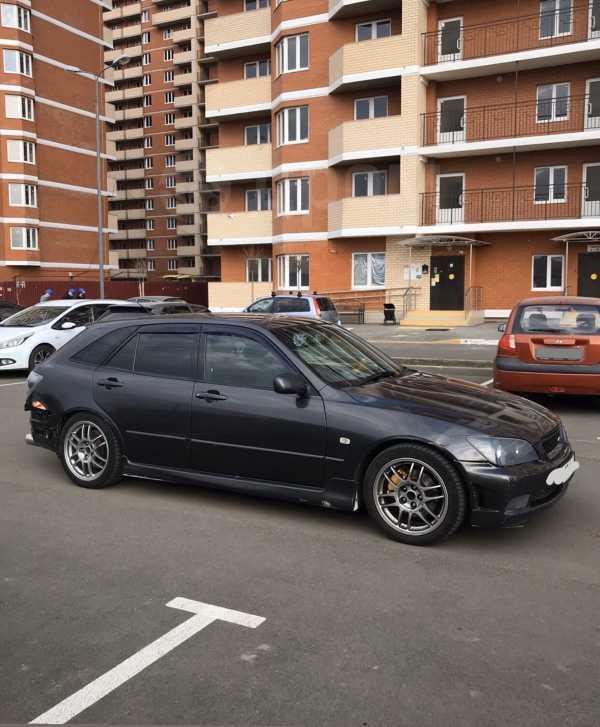 Toyota Altezza, 2001 год, 450 000 руб.