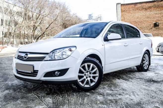 Opel Astra Family, 2012 год, 560 000 руб.
