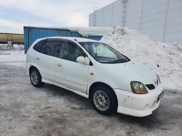 Nissan Tino, 2000 год, 144 999 руб.