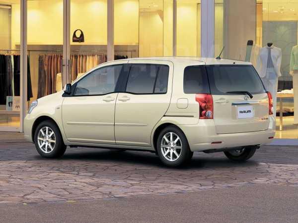 Toyota Raum, 2004 год, 355 000 руб.