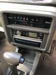 Nissan Prairie Joy, 1997 год, 135 000 руб.