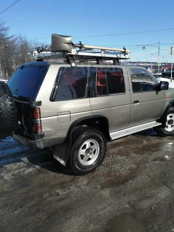 Nissan Terrano, 1990 год, 380 000 руб.