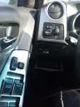 Toyota Matrix, 2004 год, 378 000 руб.
