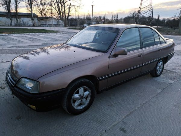 Opel Omega, 1989 год, 85 000 руб.