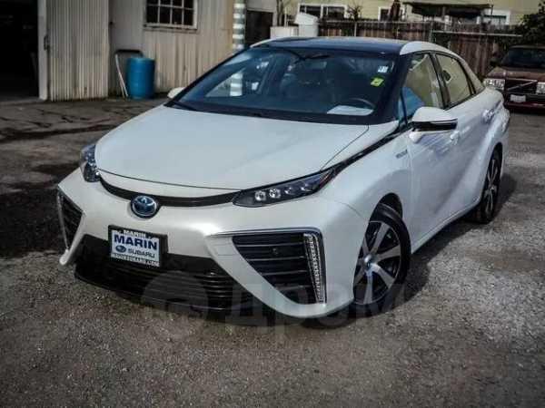 Toyota Mirai, 2016 год, 1 420 000 руб.
