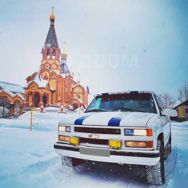 Chevrolet Tahoe, 1997 год, 300 000 руб.