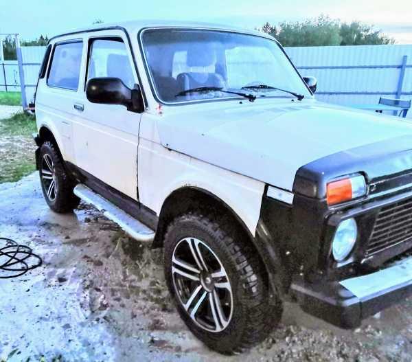 Лада 4x4 2121 Нива, 2004 год, 100 000 руб.