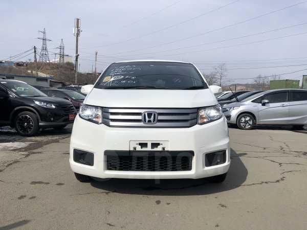 Honda Freed Spike, 2013 год, 675 000 руб.