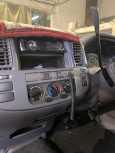 Nissan Caravan, 2004 год, 469 000 руб.