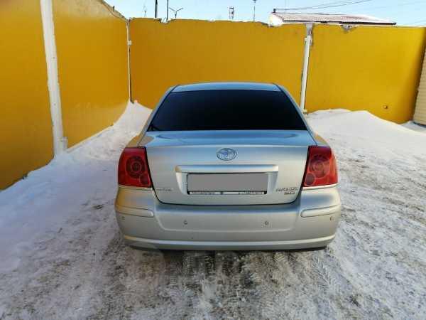Toyota Avensis, 2004 год, 435 000 руб.