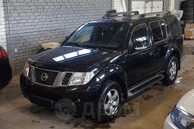 Nissan Pathfinder, 2011 год, 840 000 руб.