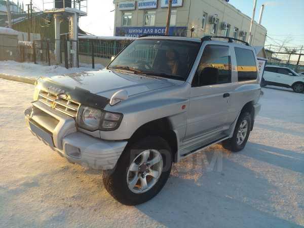 Mitsubishi Pajero, 2001 год, 220 000 руб.