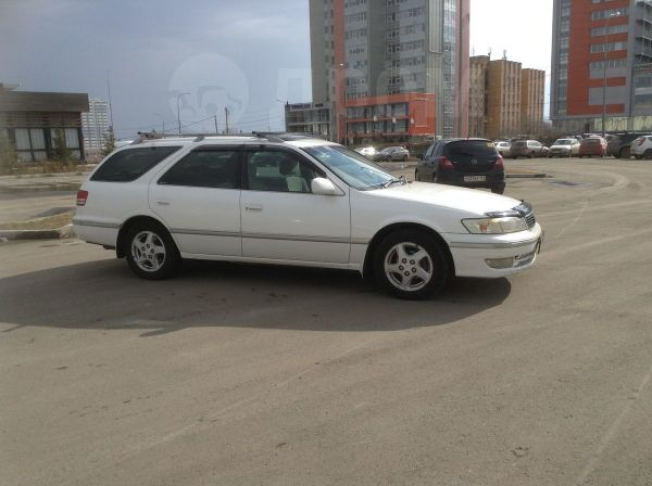 Toyota Mark II Wagon Qualis, 1997 год, 277 000 руб.