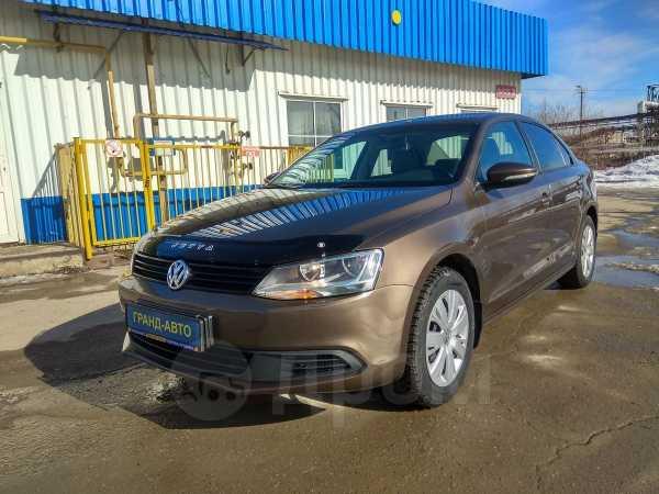 Volkswagen Jetta, 2013 год, 535 000 руб.