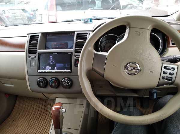 Nissan Tiida Latio, 2004 год, 345 000 руб.