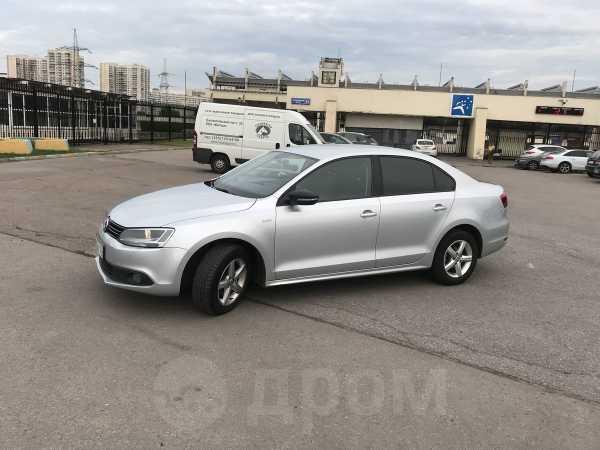 Volkswagen Jetta, 2013 год, 435 000 руб.