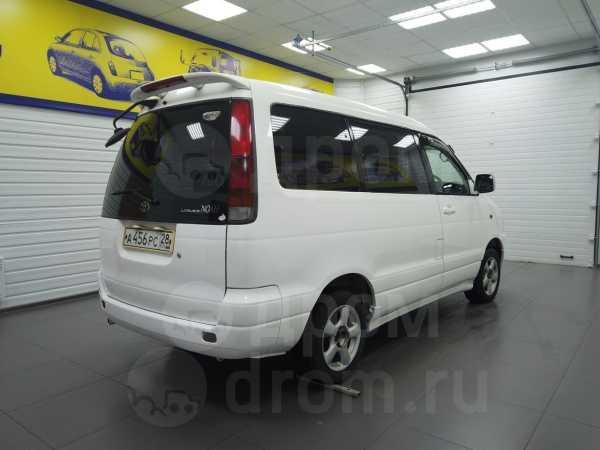 Toyota Lite Ace Noah, 1998 год, 250 000 руб.