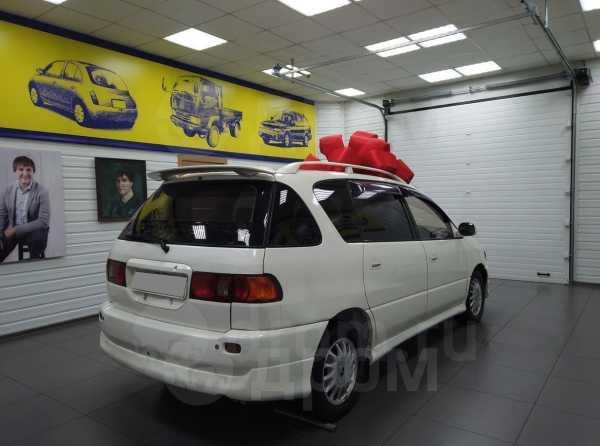 Toyota Ipsum, 1999 год, 290 000 руб.