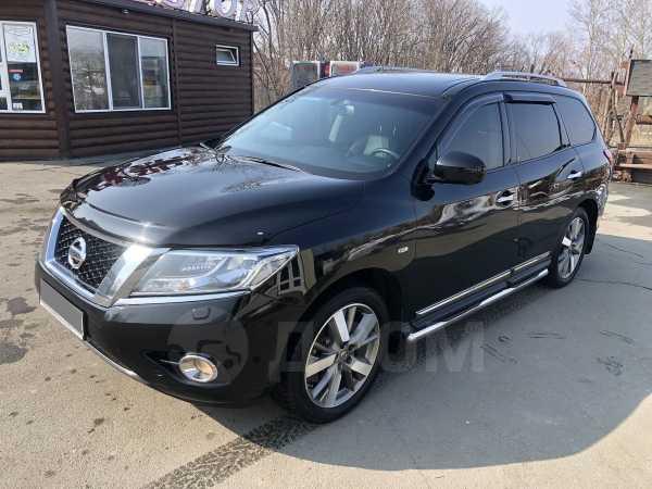 Nissan Pathfinder, 2014 год, 1 380 000 руб.
